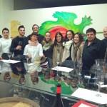 El equipo de Larautz Taller Gastronómico junto a Elena de Enológate y Pablo de Quiero Delicatessen.